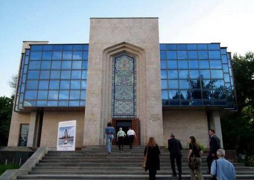 Мемориальный сад-музей Камолиддин Бехзода